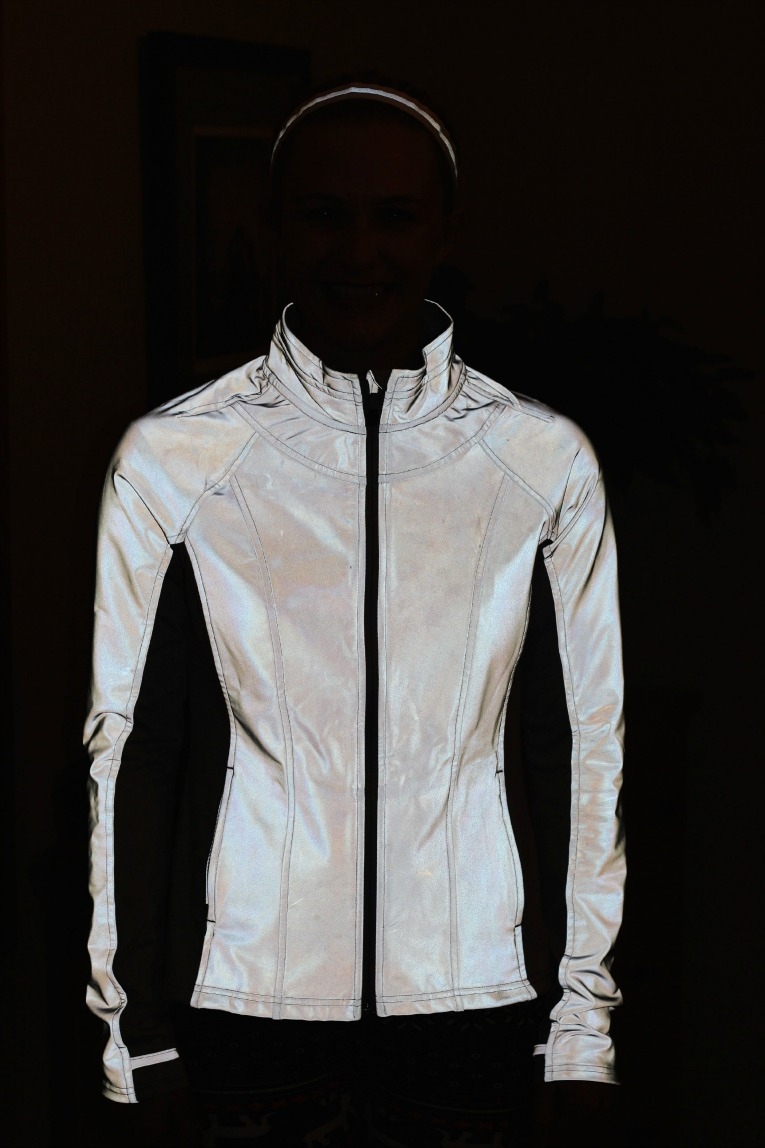 Shop men's reflective jackets from DICK'S Sporting Goods today. If you find a lower price on men's reflective jackets somewhere else, we'll match it with our Best Price Guarantee! Check out customer reviews on men's reflective jackets and save big on a variety of products. Plus, ScoreCard members earn points on every purchase.
