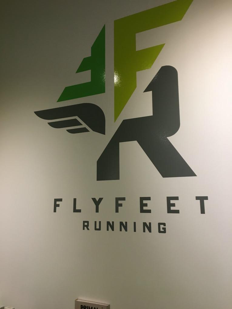 flyfeet-running-logo